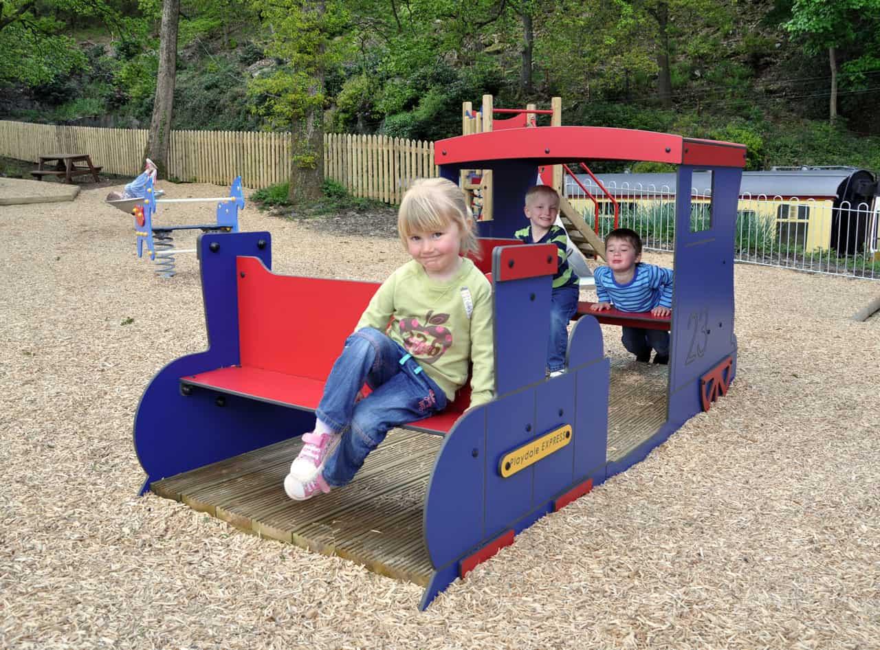 play train-park-loosefill-01